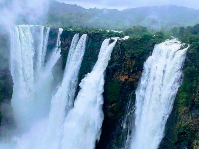 https://www.karnatakatravel.com/wp-content/uploads/2019/11/jog_falls-640x480.jpg