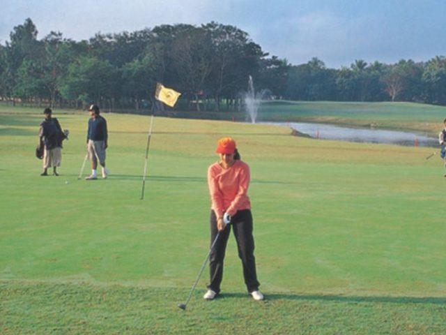 https://www.karnatakatravel.com/wp-content/uploads/2019/11/karnataka_golf_tour-640x480.jpg